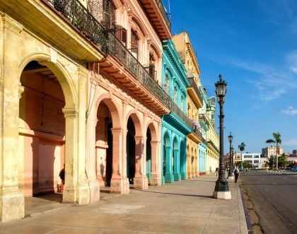 Cuba Libre - a cocktail of colours in Havana's architecture